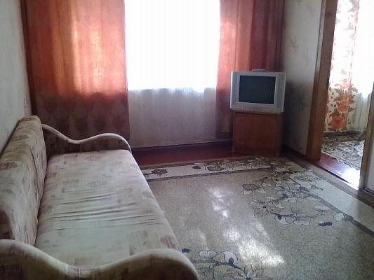 3-комнатная квартира посуточно в Сумах. Заречный район, СКД, 34. Фото 1