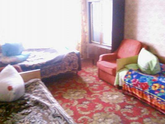 1-комнатная квартира посуточно в Святогорске. ул. И.Мазепы (Островского), 58. Фото 1
