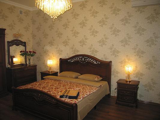 1-комнатная квартира посуточно в Одессе. Приморский район, Садовая, 7. Фото 1