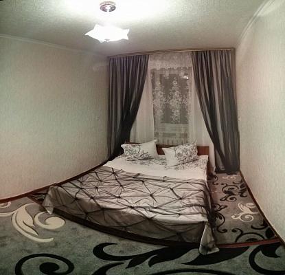 2-комнатная квартира посуточно в Белой Церкви. б-р Александрийский, 80. Фото 1