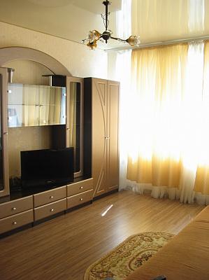 1-комнатная квартира посуточно в Кременчуге. ул. 29 Сентября, 7. Фото 1