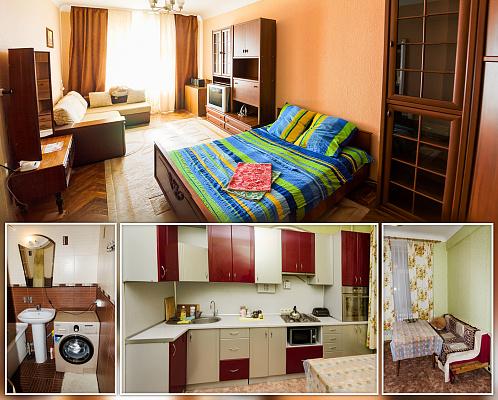 1-комнатная квартира посуточно в Сумах. ул. Петропавловская, 81. Фото 1