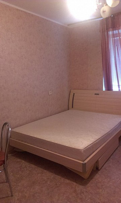 2-комнатная квартира посуточно в Славутиче. ул. Черниговская, 12. Фото 1