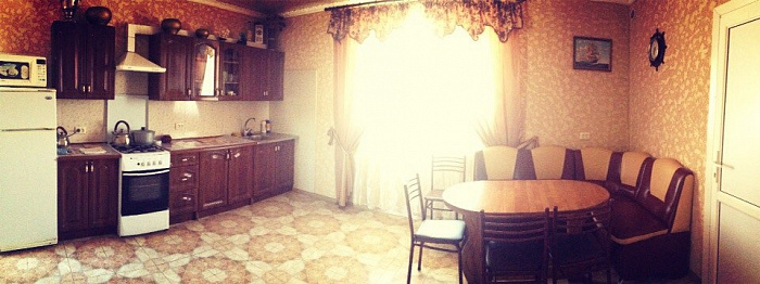 1-комнатная квартира посуточно в Евпатории. ул. Симферопольская, 63/3. Фото 1