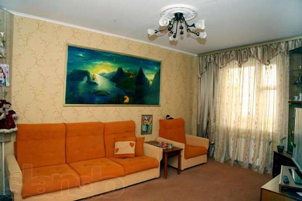 3-комнатная квартира посуточно в Славутиче. московский квартал, 16. Фото 1
