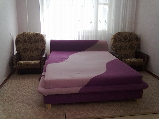 2-комнатная квартира посуточно в Энергодаре. Набережная, 18. Фото 1