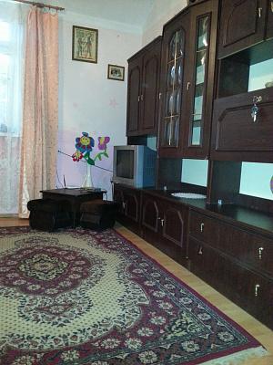 1-комнатная квартира посуточно в Черновцах. Первомайский район, ул. Украинская, 37. Фото 1