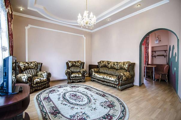 3-комнатная квартира посуточно в Львове. Галицкий район, ул. Ивана Огиенко, 17. Фото 1