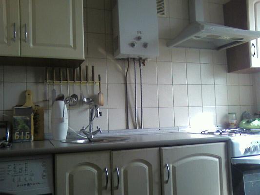 1-комнатная квартира посуточно в Сумах. Ковпаковский район, пр-т. Шевченко. Фото 1