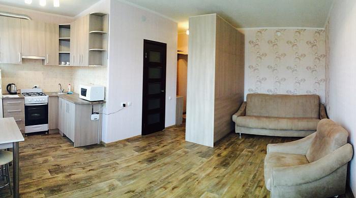 1-комнатная квартира посуточно в Днепропетровске. Кировский район, ул. Курчатова, 2. Фото 1