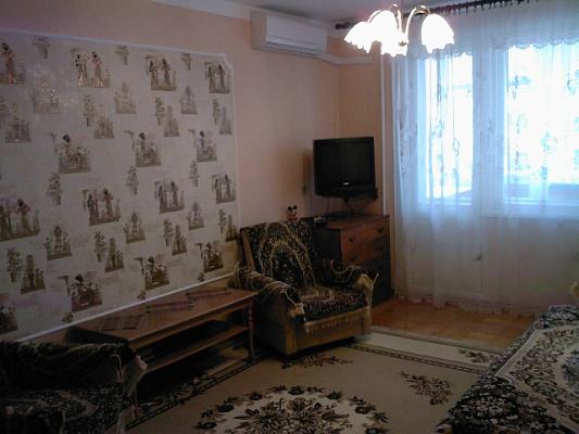 2-комнатная квартира посуточно в Евпатории. ул. Ленина, 3. Фото 1