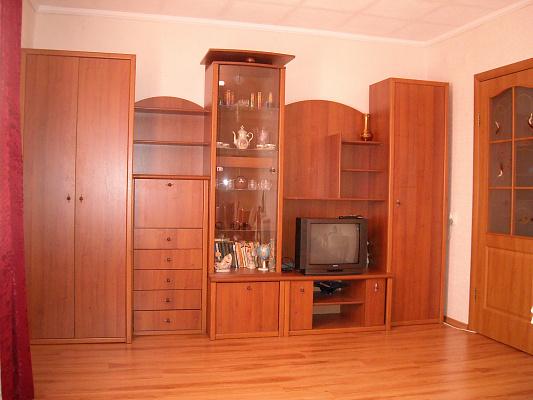 1-комнатная квартира посуточно в Севастополе. Гагаринский район, ул. Юмашева, 11. Фото 1