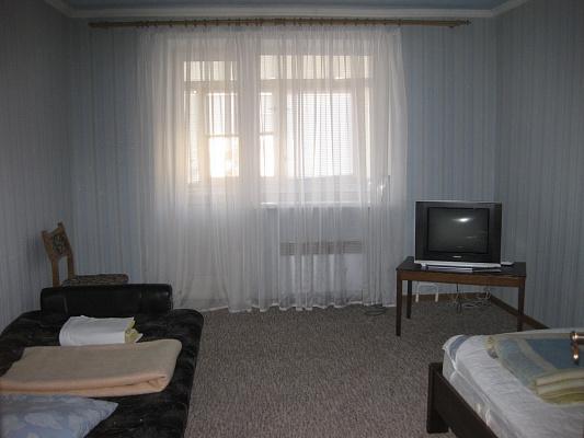 2-комнатная квартира посуточно в Мукачево. б-р Ю. Гойды, 5. Фото 1