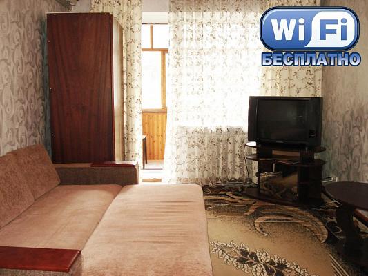 1-комнатная квартира посуточно в Кременчуге. ул. Победы, 11. Фото 1