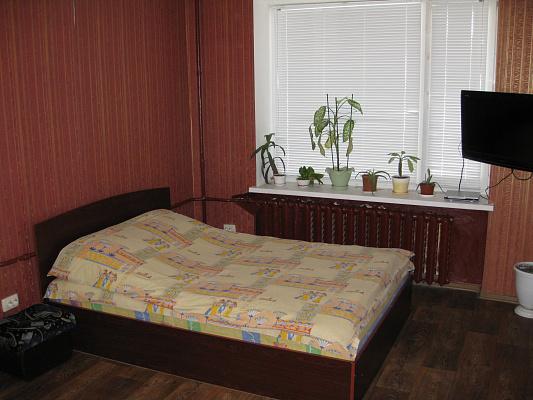 1-комнатная квартира посуточно в Чернигове. ул. И.Мазепы (Щорса), 2-А. Фото 1