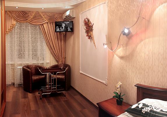 1-комнатная квартира посуточно в Полтаве. Октябрьский район, ул. Стретенская, 39. Фото 1