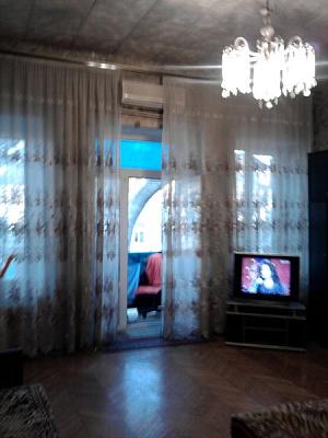 2-комнатная квартира посуточно в Одессе. Приморский район, Пушкинская к 2, 64. Фото 1