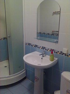 1-комнатная квартира посуточно в Ровно. Киевская, 44. Фото 1