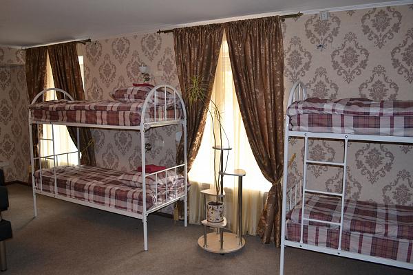 1-комнатная квартира посуточно в Северодонецке. Советский, 70. Фото 1