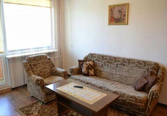 2-комнатная квартира посуточно в Херсоне. Суворовский район, ул. Гагарина, 5. Фото 1