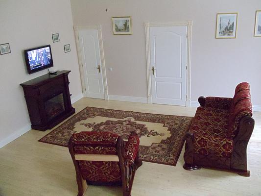 2-комнатная квартира посуточно в Ивано-Франковске. Шашкевича, 9. Фото 1