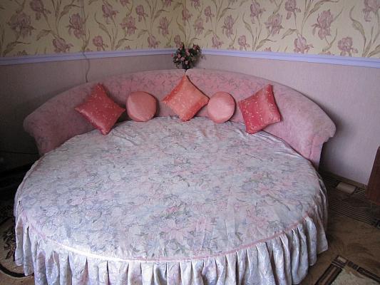 1-комнатная квартира посуточно в Феодосии. ул. Украинская, 31. Фото 1