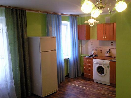 1-комнатная квартира посуточно в Кременчуге. пер. Почтовый, 2. Фото 1