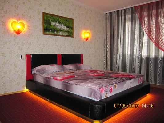 1-комнатная квартира посуточно в Кривом Роге. Саксаганский район, Мелешкина, 12. Фото 1