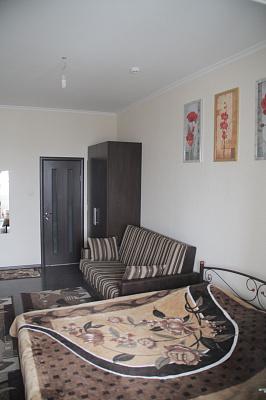Мини-отель  посуточно в Киеве. Дарницкий район, Срибнокильская, 3Б. Фото 1