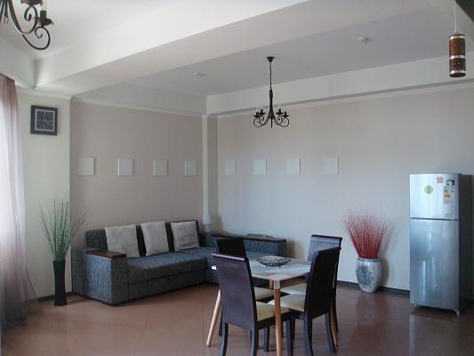 2-комнатная квартира посуточно в Ялте. Центр Ялты район, ул. Игнатенко, 5. Фото 1