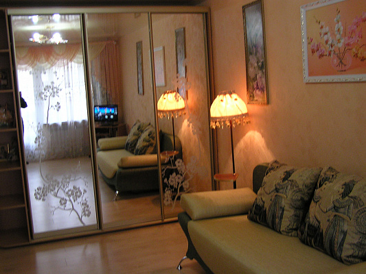 1-комнатная квартира посуточно в Партените. ул. Солнечная, 3. Фото 1