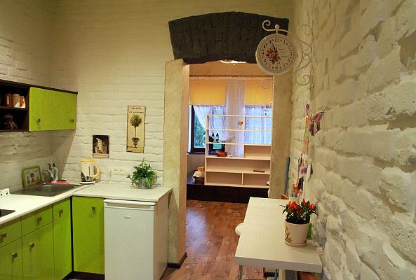 1-комнатная квартира посуточно в Львове. Галицкий район, пл. Старый Рынок, 5. Фото 1