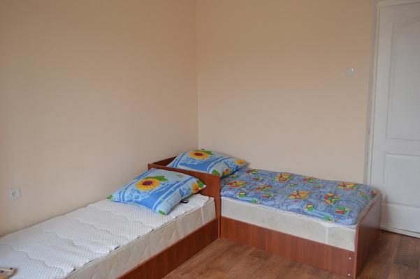 3-комнатная квартира посуточно в Одессе. Пригород район, посёлок Вапнярка, 14. Фото 1