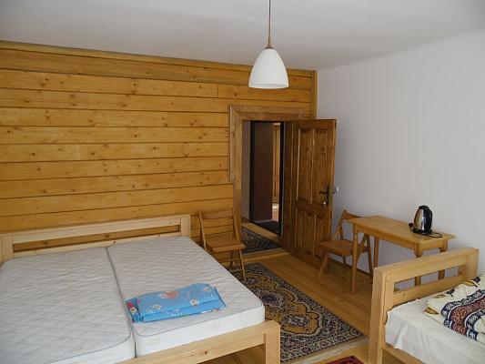 5-комнатная квартира посуточно в Берегово. мужайська, 132. Фото 1