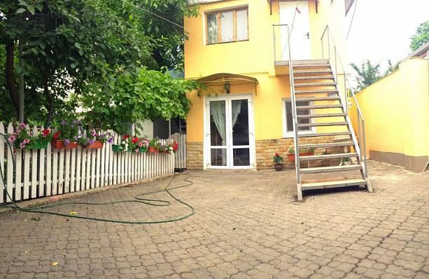 Дом  посуточно в Одессе. Киевский район, Фонтанская дорога, 127. Фото 1