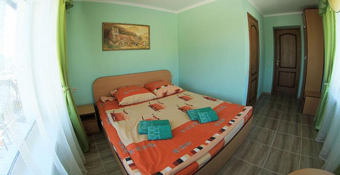 Мини-отель  посуточно в Яблунице. с. Яблуница, 15. Фото 1