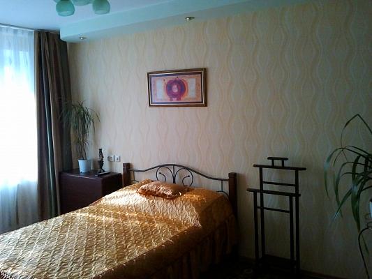 1-комнатная квартира посуточно в Павлограде. ул. Центральная (К.Маркса), 29. Фото 1