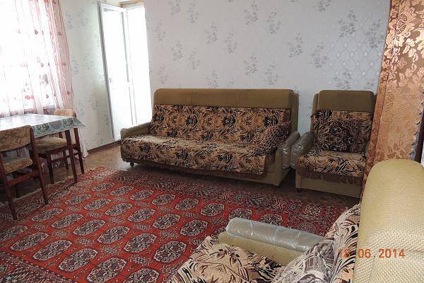 1-комнатная квартира посуточно в Южном. ул. Строителей, 1. Фото 1