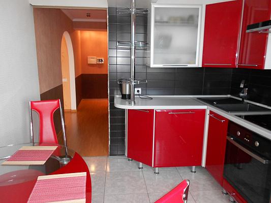 1-комнатная квартира посуточно в Житомире. ул. Ивана Мазепы, 3а. Фото 1