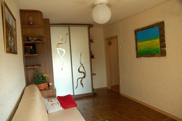 1-комнатная квартира посуточно в Киеве. Деснянский район, ул. Братиславская, 30а. Фото 1