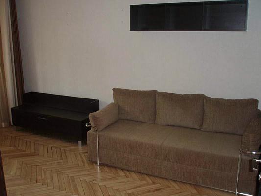 2-комнатная квартира посуточно в Одессе. Приморский район, ул. Довженко, 9. Фото 1