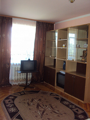 1-комнатная квартира посуточно в Луцке. ул. Винниченко, 29. Фото 1