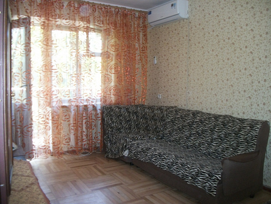 2-комнатная квартира посуточно в Одессе. Приморский район, ул. Академическая, 16. Фото 1