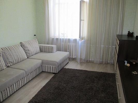 3-комнатная квартира посуточно в Феодосии. Володарского, 15 а. Фото 1