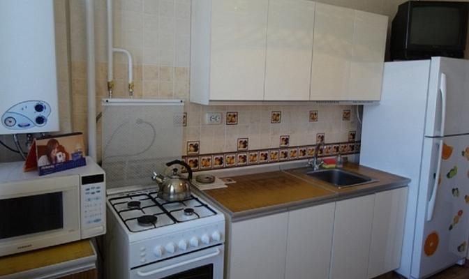 1-комнатная квартира посуточно в Севастополе. Гагаринский район, Астана Кесаева, 6а. Фото 1