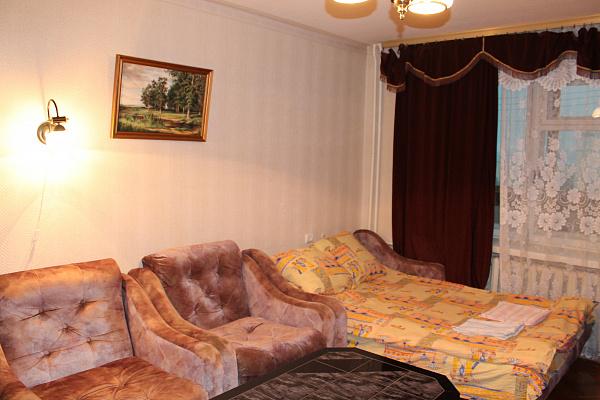 1-комнатная квартира посуточно в Киеве. ул. Всеволода Нестайко, 3а. Фото 1