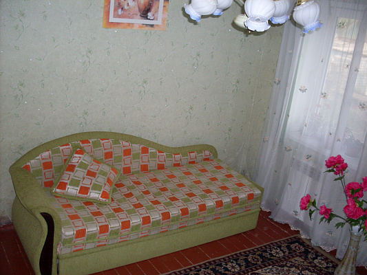Дом  посуточно в Бердянске. ул. Коцюбинского, 17. Фото 1