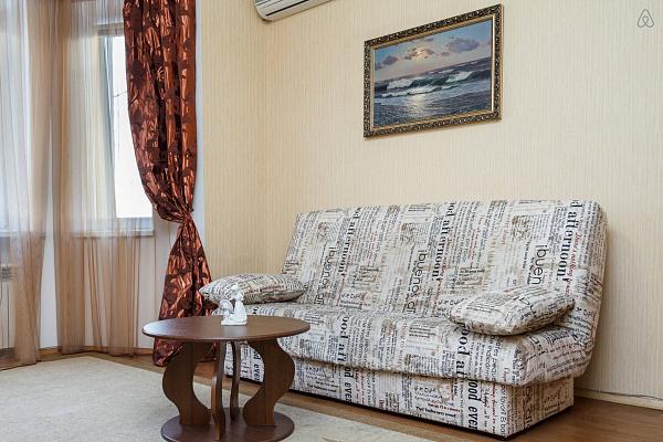 1-комнатная квартира посуточно в Запорожье. Ленинский район, пр-т Соборный (Ленина), 175. Фото 1