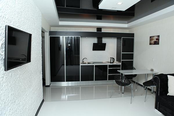 2-комнатная квартира посуточно в Запорожье. б-р Центральный, 23. Фото 1