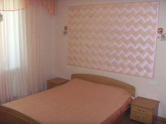 3-комнатная квартира посуточно в Луцке. Зацепы, 3/б. Фото 1